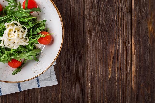 科学的に栄養素を計算された食事
